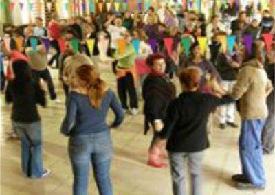 002 yoga de la risa alejandro smalinsky galeria
