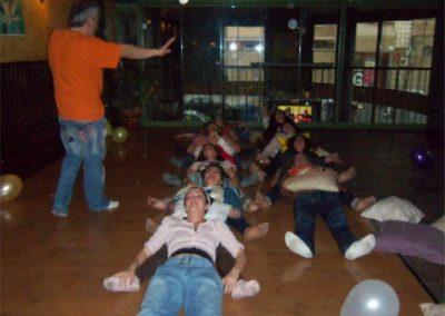 014 yoga de la risa alejandro smalinsky galeria